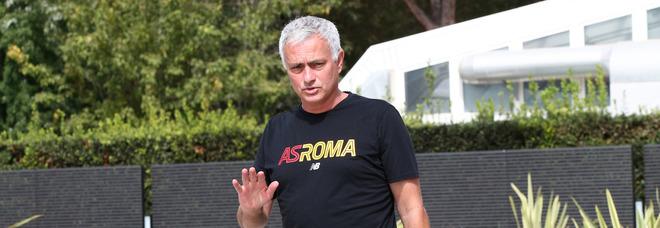 Roma, Mourinho: «Cinque vittorie non sono cinquanta, non c'è ragione per essere fuori di testa»