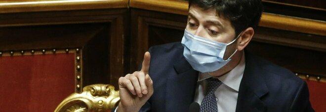 Speranza, mozione di sfiducia in Senato. Il ministro: «Nemico è virus, serve unità». Diretta