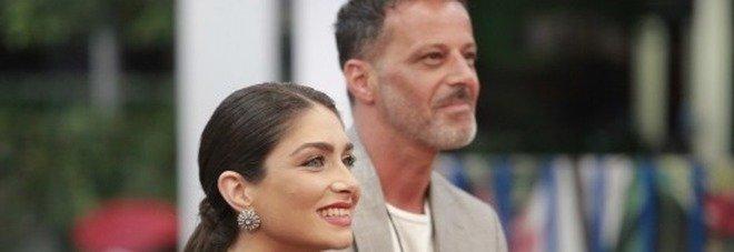 Kikò Nalli e Ambra Lombardo di nuovo in crisi, la confessione della sorella di Tina Cipollari: «Lui sta soffrendo» (credits Endemol)