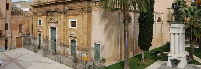 Sicilia zona gialla, mamma e figlia positive si presentano a un matrimonio con centinaia di invitati