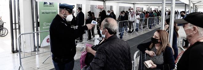 Vaccini in Campania, record di somministrazioni: 62.395 in 24 ore