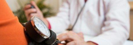 Firmato nella notte il nuovo contratto dei medici: aumento medio 200 euro
