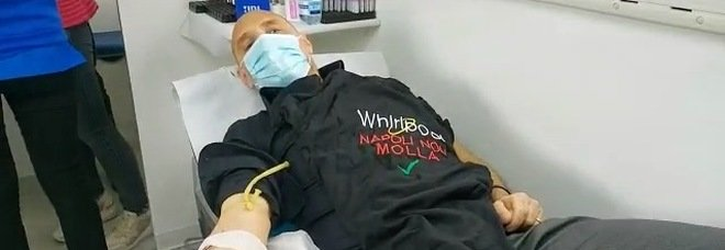 Napoli, per i lavoratori della Whirlpool Pasqua in fabbrica a donare il sangue