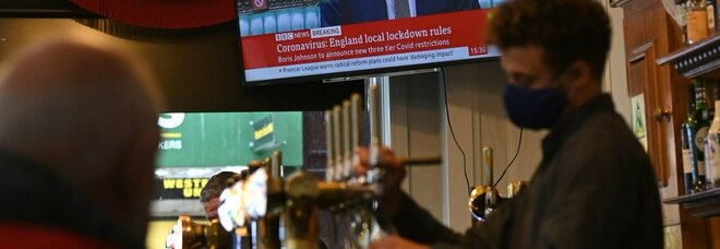 Covid, incubo varianti in Europa. Gran Bretagna verso blocco frontiere, Portogallo ferma i voli con Londra