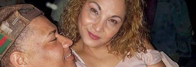 Milano, donna uccisa a coltellate dal compagno in strada per gelosia: condannato a 30 anni