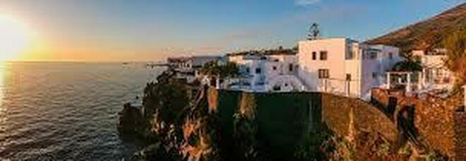 D&G vendono per 6 milioni di euro la villa a Stromboli: l'acquirente è un imprenditore casertano che produce mascherine