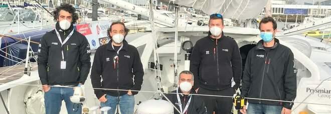 Lo shore team con Giovanni Buonoi
