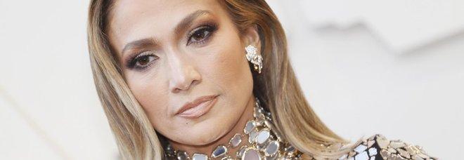 Jennifer Lopez compie 50 anni: «Il mio tour è la mia festa»