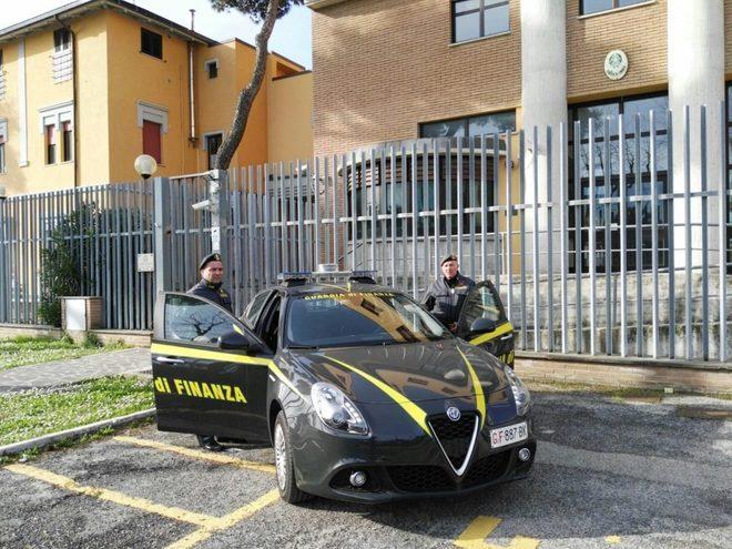 Corruzione, otto arresti al Comune di Giulianova e alla ASL di Teramo