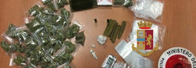 Hashish e marijuana nell'auto del 22enne nel Napoletano: uso personale, ma scatta la multa anti-Covid