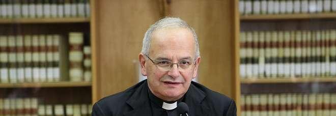 Risultati immagini per foto del vescovo di aversa