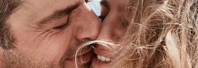 Luca Argentero e Cristina Marino, l'indiscrezione social: «Il matrimonio è sempre più vicino»
