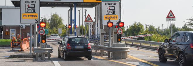 Beffa al Telepass: In autostrada 99 volte senza pagare un euro di pedaggio