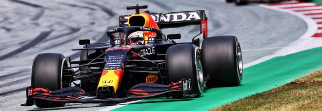 Live F1, GP Stiria, diretta: Prove di fuga per Verstappen, ma dovrà fare i conti con Hamilton