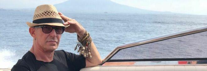 È morto Vittorio Carità, icona napoletana dell'eleganza dandy: gli ultimi messaggi sui social