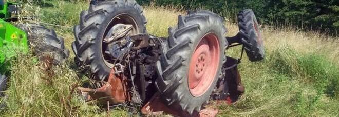 Avellino: il trattore si ribalta, muore schiacciato a 47 anni