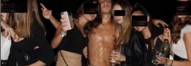 Ciro Grillo, «Il video gira tra gli amici come un trofeo»: la denuncia dei genitori della ragazza