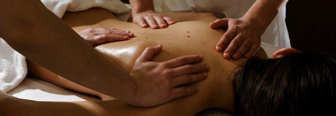 Covid, «andiamo in Trentino per i massaggi, ecco il certificato del medico». Fermati 8 furbetti partiti dalla Lombardia