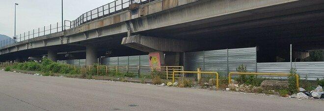 Napoli: nuovo volto al Palavesuvio, ma intorno prostituzione e degrado