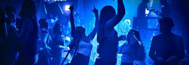 Rimini e Cattolica, dj e balli proibiti: chiuse tre discoteche chiuse, c'è anche la storica Ecu