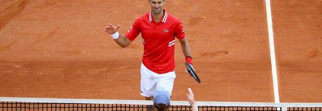 Atp Montecarlo, Djokovic batte Sinner: fuori anche Cecchinato, Caruso e Sonego. Bene Fognini