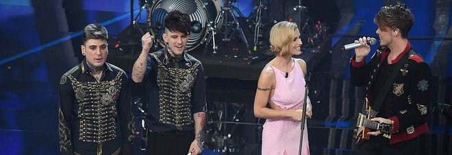 Michelle Hunziker con The Kolors