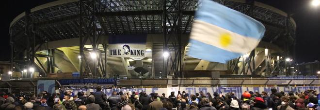Maradona, l'annuncio ufficiale del Comune di Napoli: lo stadio San Paolo sarà intitolato a Diego