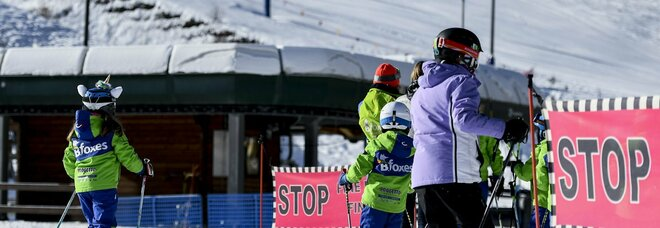 Sci, impianti aperti per protesta in Val d'Ossola. Piemonte valuta azioni legali. Coldiretti: addio a stagione costa 10 miliardi a indotto