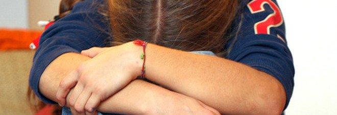 Caserta, abusa per anni della figlia minorenne: le scappa dalla zia e lo fa arrestare