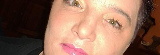 Conegliano, Rosanna Savi si sente male mentre è in auto: morta di infarto tra le braccia del marito