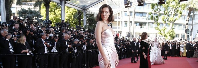 Cannes, tutti i look più belli del red carpet: la regina è sempre Bella Hadid