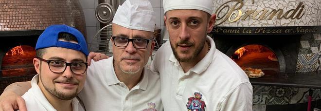 Pizza & solidarietà: da Brandi si festeggiano i 130 anni della Margherita