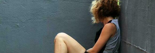 Rimini, ragazza di 15 anni stuprata da un gruppo di coetanei in spiaggia
