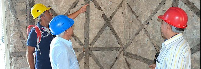 Sisma a Ischia, partite le verifiche del Cfs: Hanno funzionato i sistemi antisismici di due secoli fa