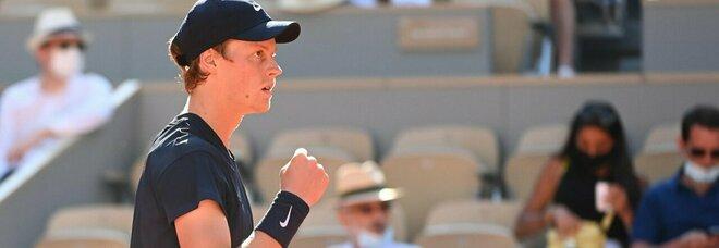 Nadal-Sinner, Roland Garros: il maiorchino vince 3 a 0 e vola ai quarti di finale