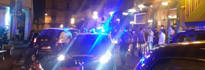 Movida a Frattamaggiore, controlli e multe ad automobilisti e negozianti