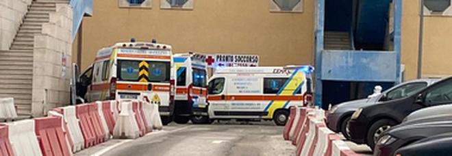 Covid, tre decessi in poche ore e ricoveri in aumento in Irpinia