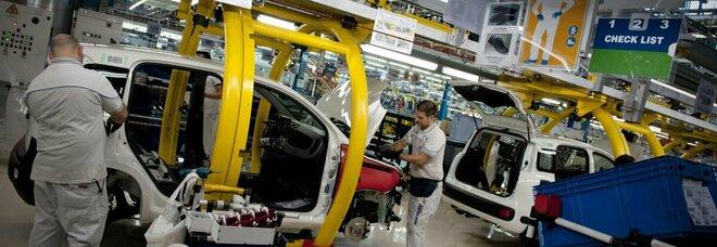 Mercato auto, primo trimestre Campania: nuovo ok, usato frena