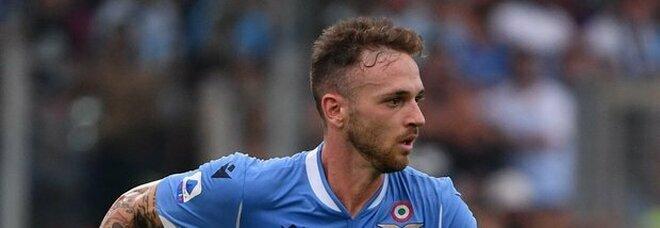 Lazio, idea Kostic per la fascia sinistra. Tare prova a trattenere Lazzari