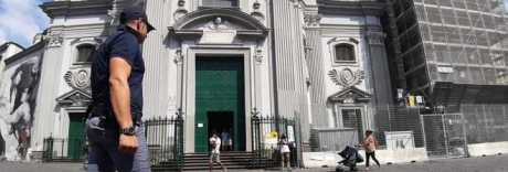 Notte di terrore nel cuore di Napoli: doppia stesa di camorra nei vicoli