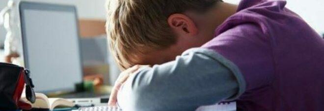 Napoli: troppo web per i bambini, al Santobono boom di ricoveri per atti di autolesionismo