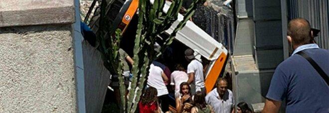 Capri, incidente a Marina Grande: si va verso l'ipotesi del disastro colposo