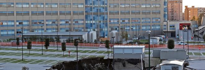 Napoli, Ospedale del mare senza aria condizionata: temperature roventi, il laboratorio va in tilt