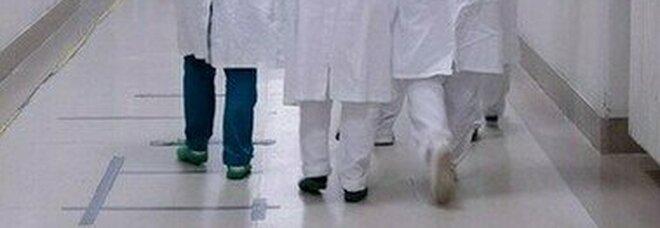 Covid, quasi un infermiere su 2 a rischio burnout da pandemia: sentirsi compresi ha mitigato lo stress