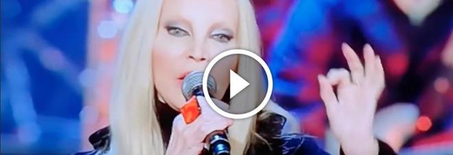 Patty Pravo, clamorosa gaffe in diretta su Rai Uno: