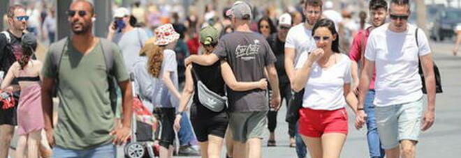 Covid, in Israele quasi 4.000 nuovi casi, prima volta da marzo: allo studio restrizioni