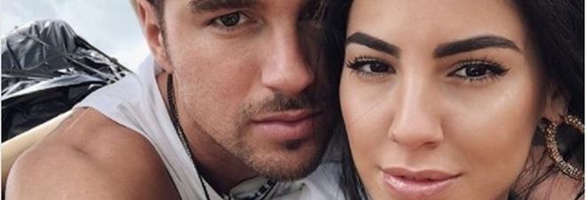Giulia De Lellis e Andrea Damante si sono lasciati, l'annuncio su Instagram