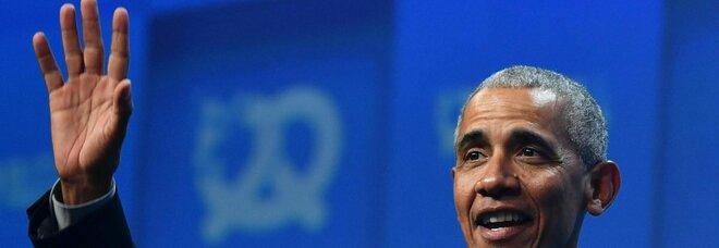 Obama, cluster dopo la festa per i 60 anni: «Positivi in 74». La replica: «Presto per parlare di focolaio»