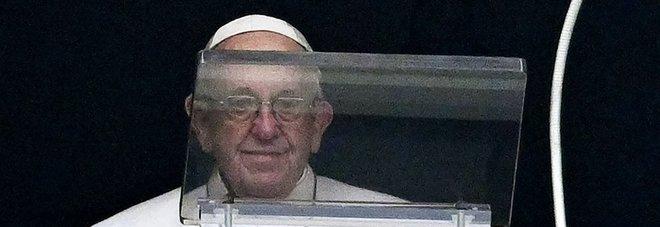 Papa Francesco ai genitori: «Non litigate mai davanti ai vostri figli»