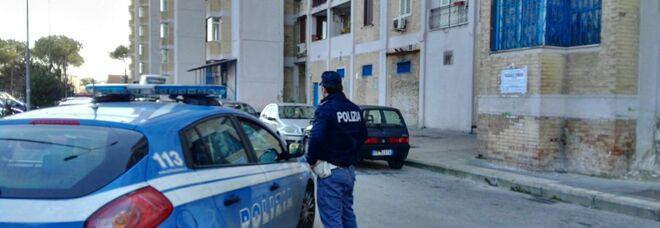 Napoli, spacciatore arrestato a Scampia: scatta anche la multa anti-Covid